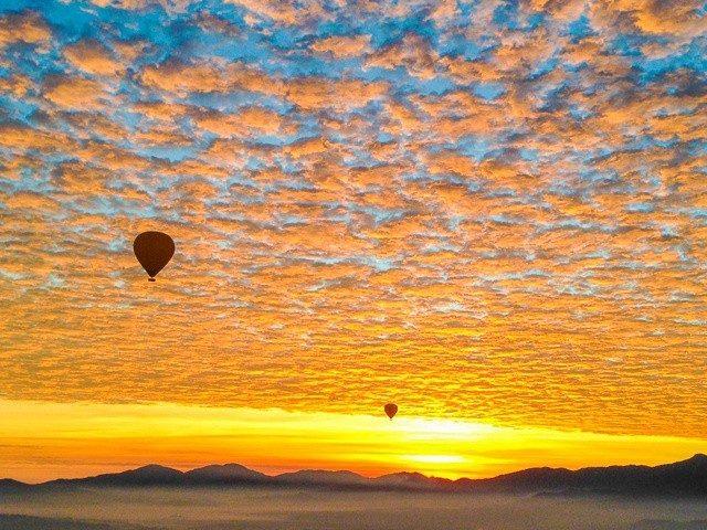 vuelo en globo al amanecer en tepotzotlan