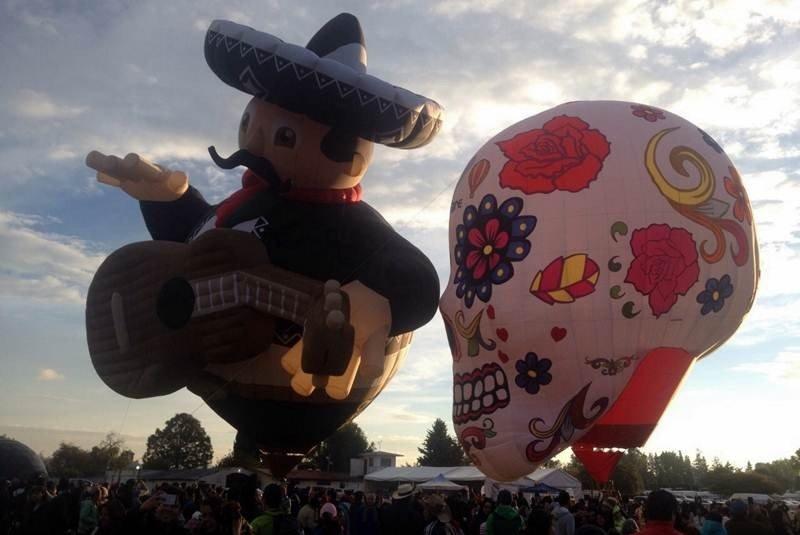festival de globos en Teotihuacán
